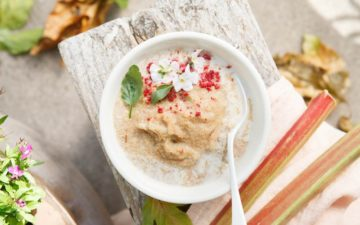 Rhubarb Apple Amaranth Porridge