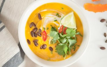 Thai Pumpkin Soup – an anti-inflammatory soup packed with turmeric, ginger, chilli, lemongrass and lime. #thaipumpkinsoup #thaipumpkinsouprecipe #spicythaipumpkinsoup #thaipumpkinsoupcoconutmilk #thaipumpkinsoupvegan #antiinflammatorysoup #antiinflammatorysouprecipes #antiinflammatorysoupturmeric #AscensionKitchen // Pin to your own inspiration board! //