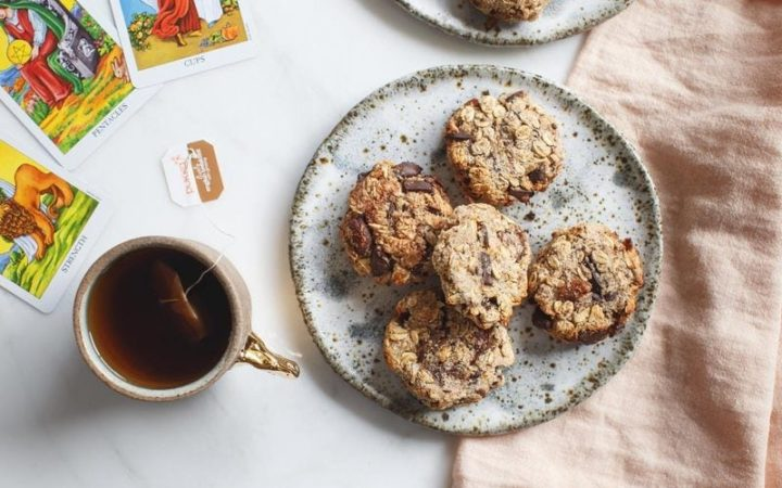 Zippy Chocolate Apricot Oat Cookies