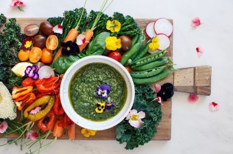 Greenilicious Hemp Seed Basil Pesto + Vegetable Platter