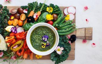 Greenilicious Hemp Seed Basil Pesto + Vegetable Platter